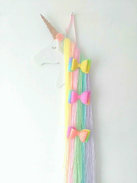"Handmade 4/"" Licorne Hair Bow avec sur un clip"
