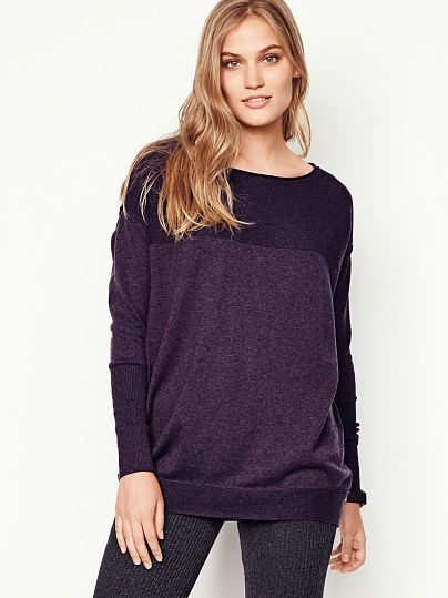 d8d5d43fa7c7 Boatneck Tunic Sweater A Kiss of Cashmere   Outfit ideas   Tunic ...
