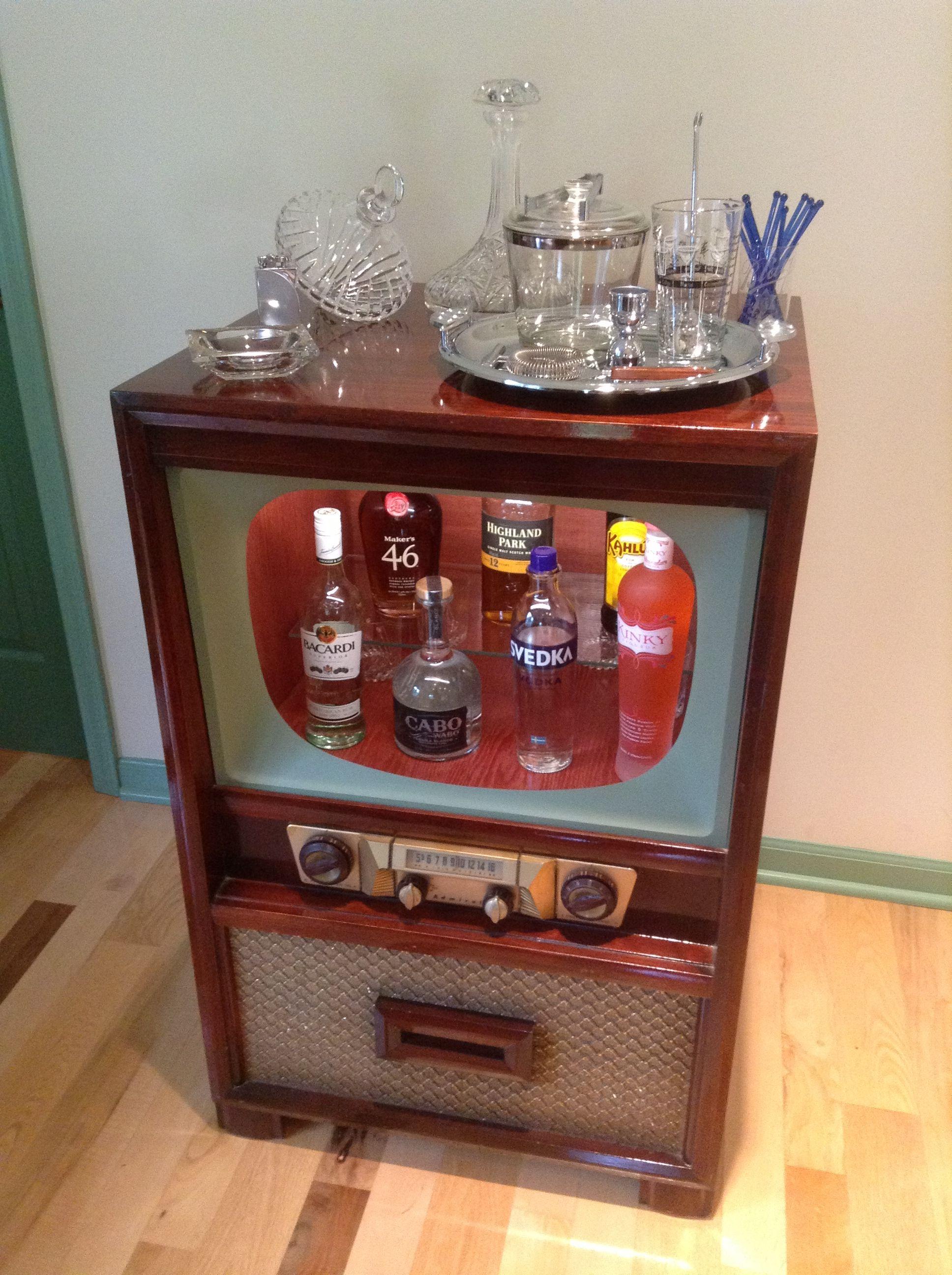 Vintage TV Dry Bar