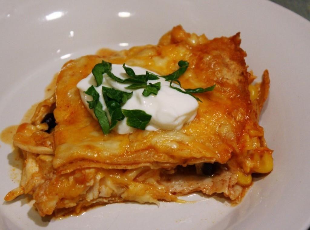 Skinny Chicken Enchilada Casserole   Recipe in 2020 ...