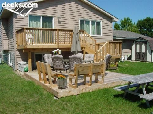 Skinny On Back Of House Then Large Landing Usable Area That S Not So High Deck Designs Backyard Backyard Decks Backyard