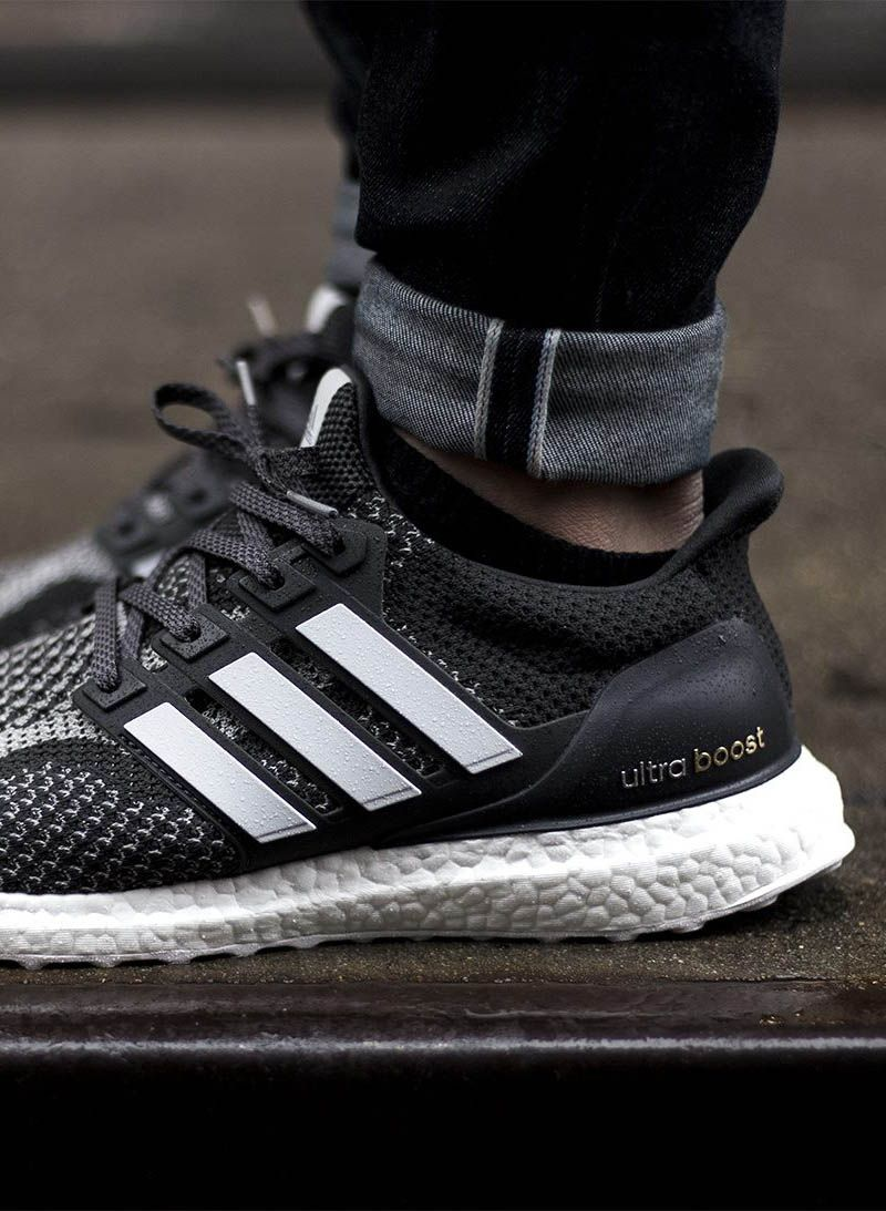 super popular 25a0e aaadb UltraBOOST NYC Adidas Nmd r1, Adidas Women, Adidas Shoes, Shoes Sneakers,  Gold Adidas