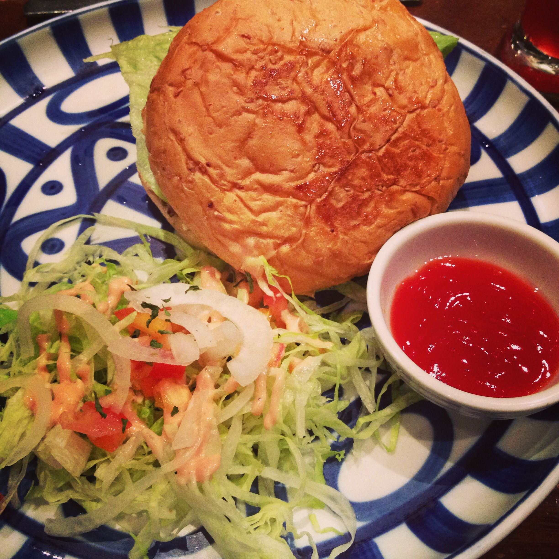 Mozzarella Burger in Cafe Breton