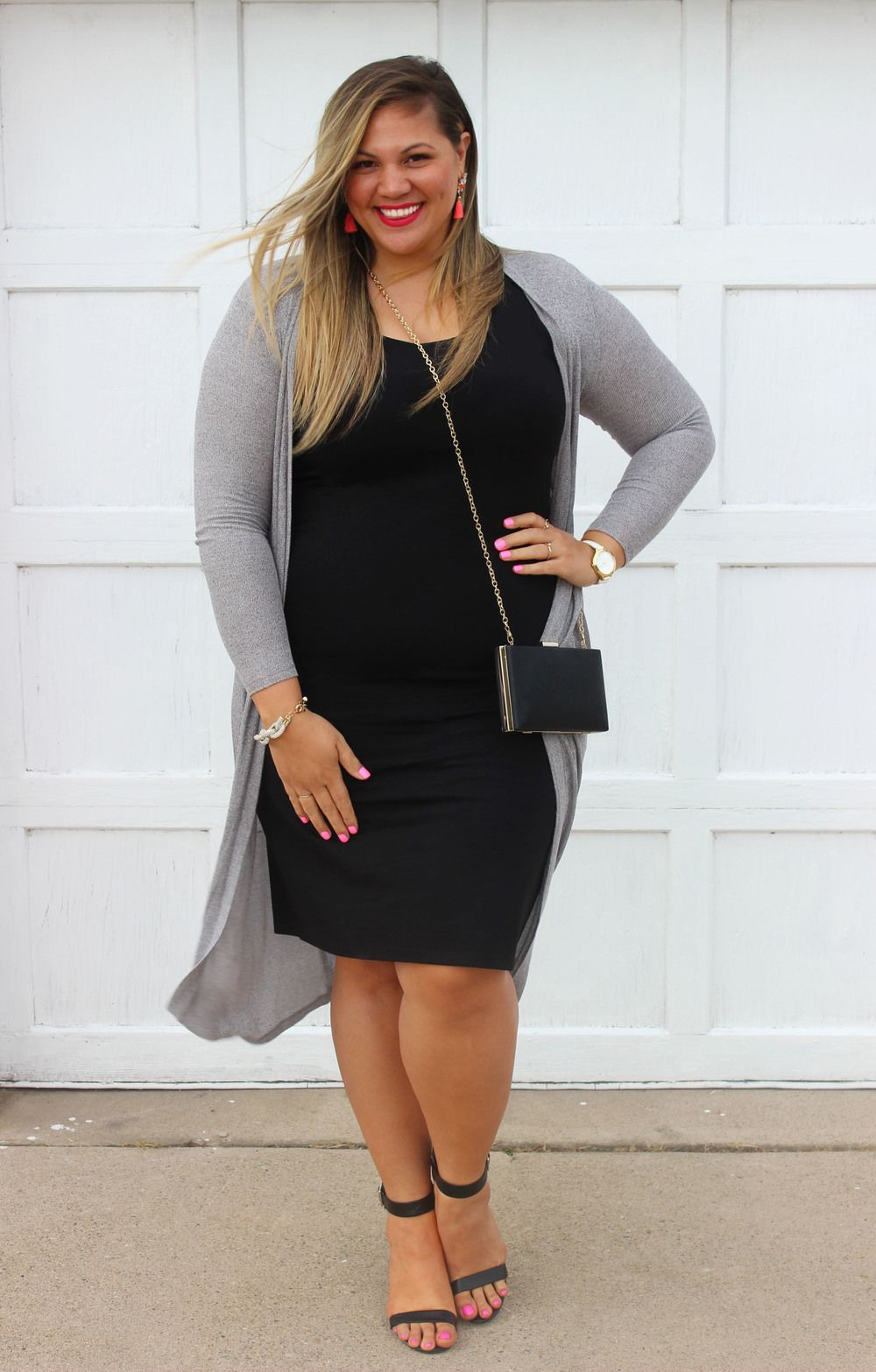 c8000da5987 Forever 21 Plus Size Fashion    Tanya    Blogger    socuteandcurvy.com     Body Con    Long Cardigan    Spring Look