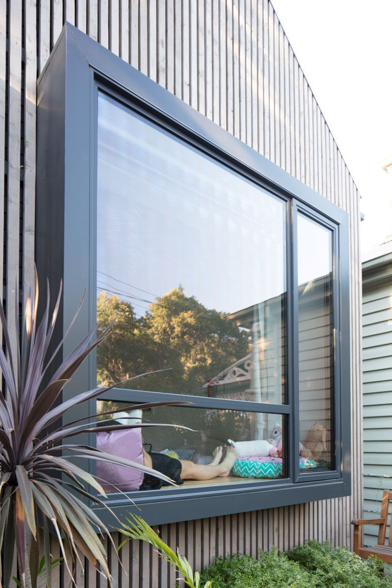 This modern house has pop bay windows at the front of the house allowing them to stand out from the facade baywindow modernbaywindow popbaywindow
