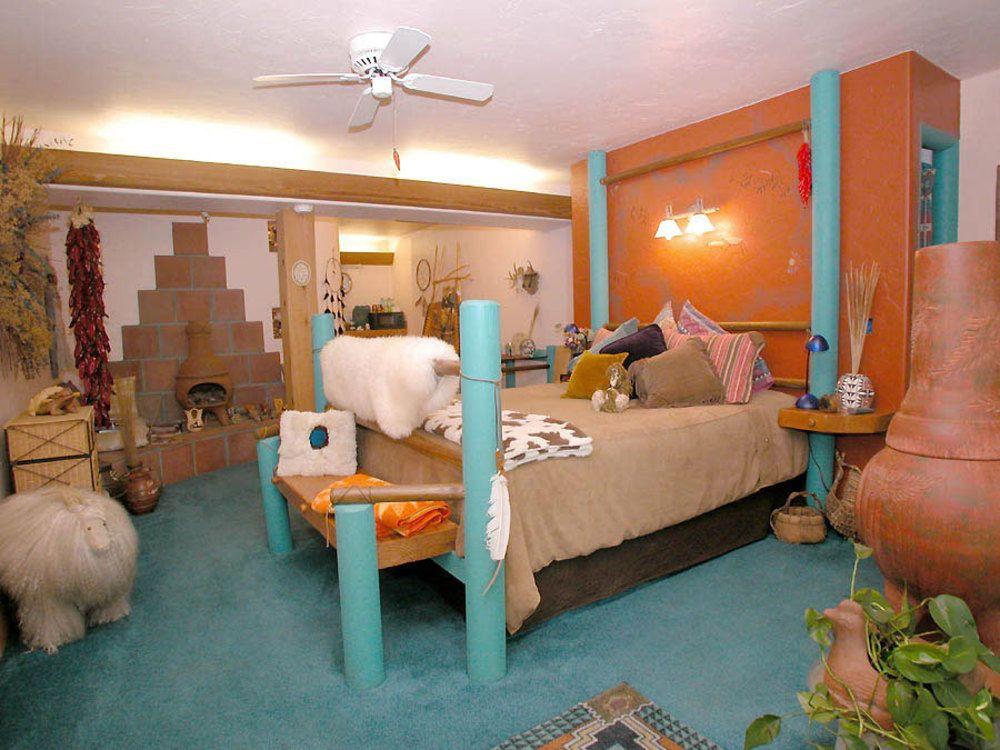 Book Wikiup Bed & Breakfast, Julian, California Hotels