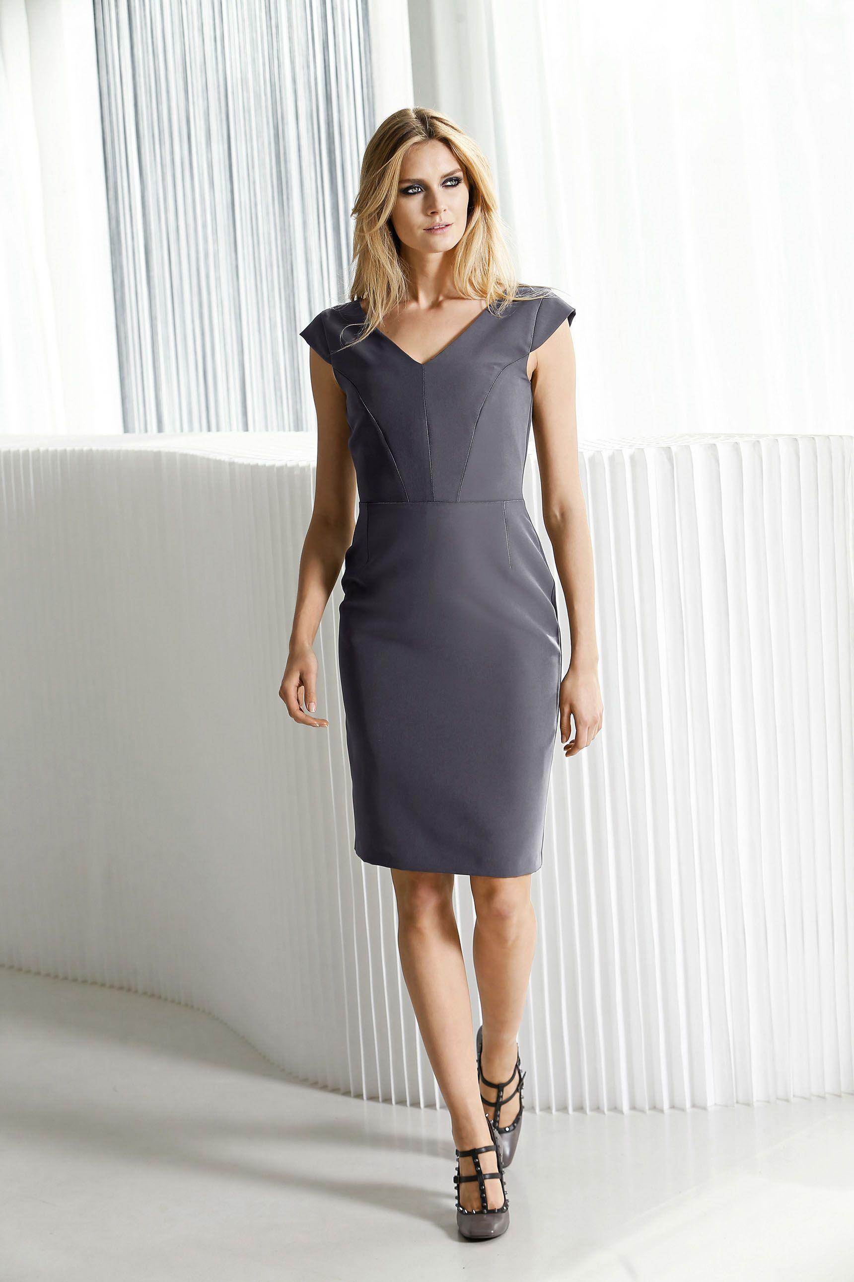 ALBA MODA Kleid in figurbetonter Form  Dresses for work, Little