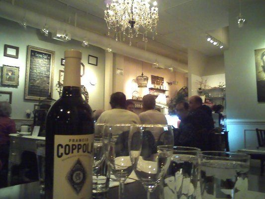 The Daisy Mint Cafe Is Easily One Of My Favorite Spots In Pasadena Great Thai Food And There S No Corkage Fee On Wine Not To Menti Pasadena Thai Recipes Cafe