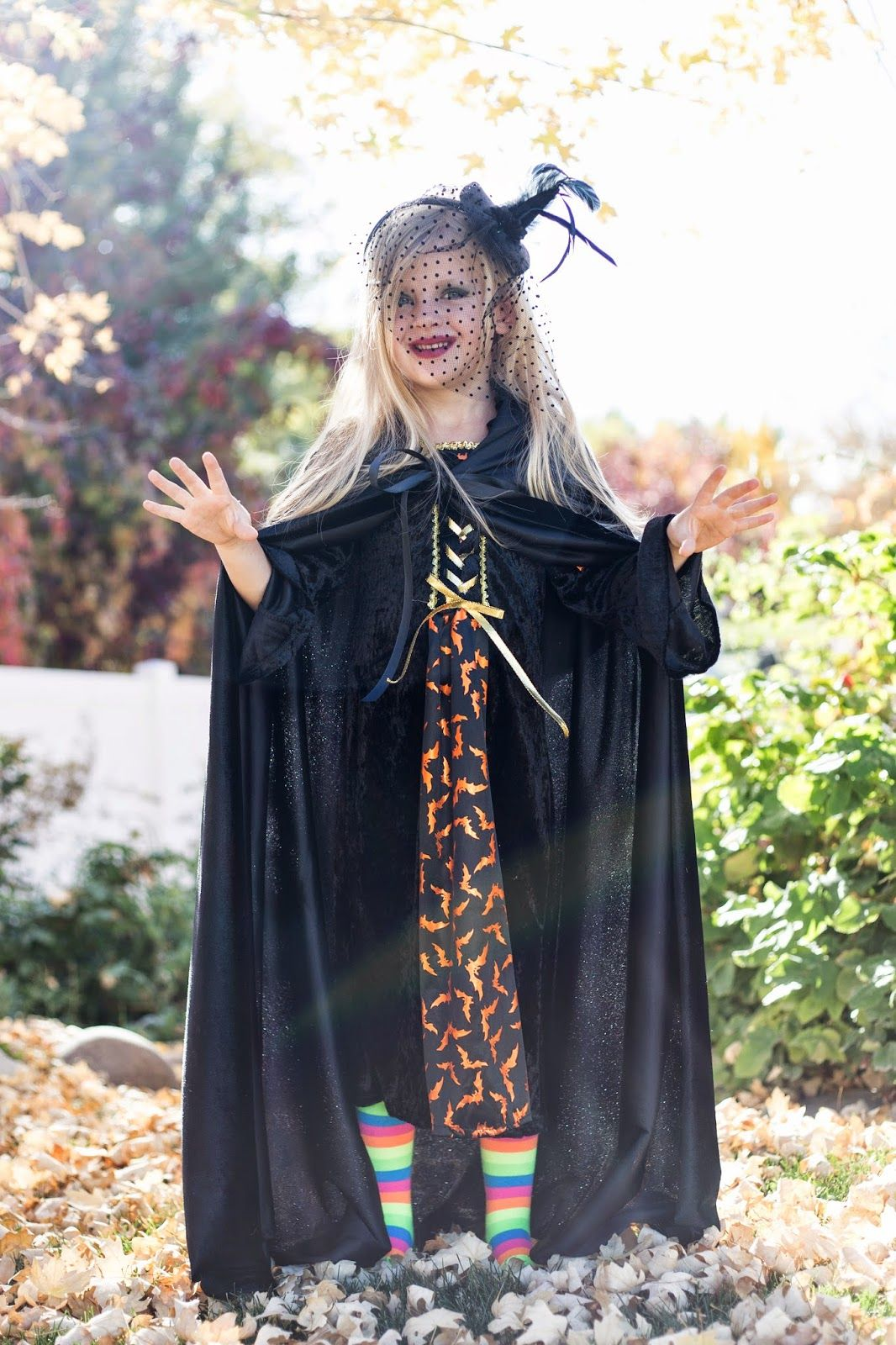 Do it yourself divas diy pretty witch costumes pinterest do it yourself divas diy pretty witch solutioingenieria Choice Image