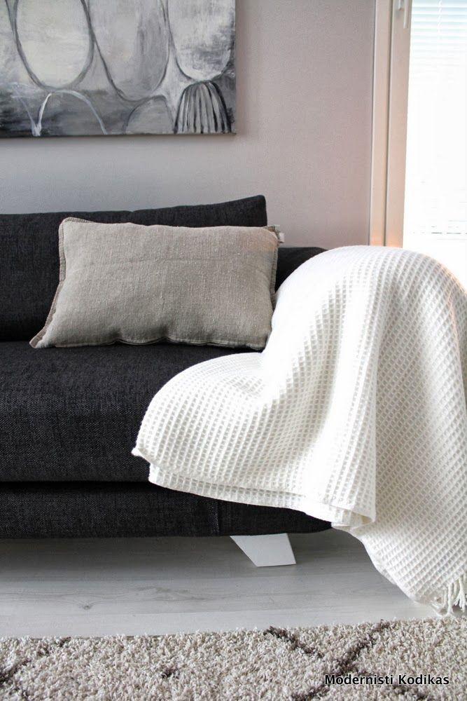 Modernisti Kodikas Nordic bench white grey black