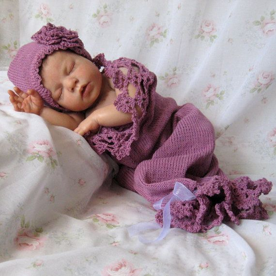 Newborn Baby Lace Hat and Cocoon / Snuggle Sack in Lavender Cotton ...