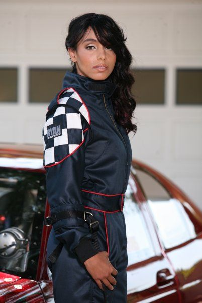Nicole Lyons is paving a path for African American Women the world of drag racing! Read an interview with this phenomenal woman here:   http://www.differencesmag.com/sports/61-sports/295-nicole-lyons-lady-of-racing.html