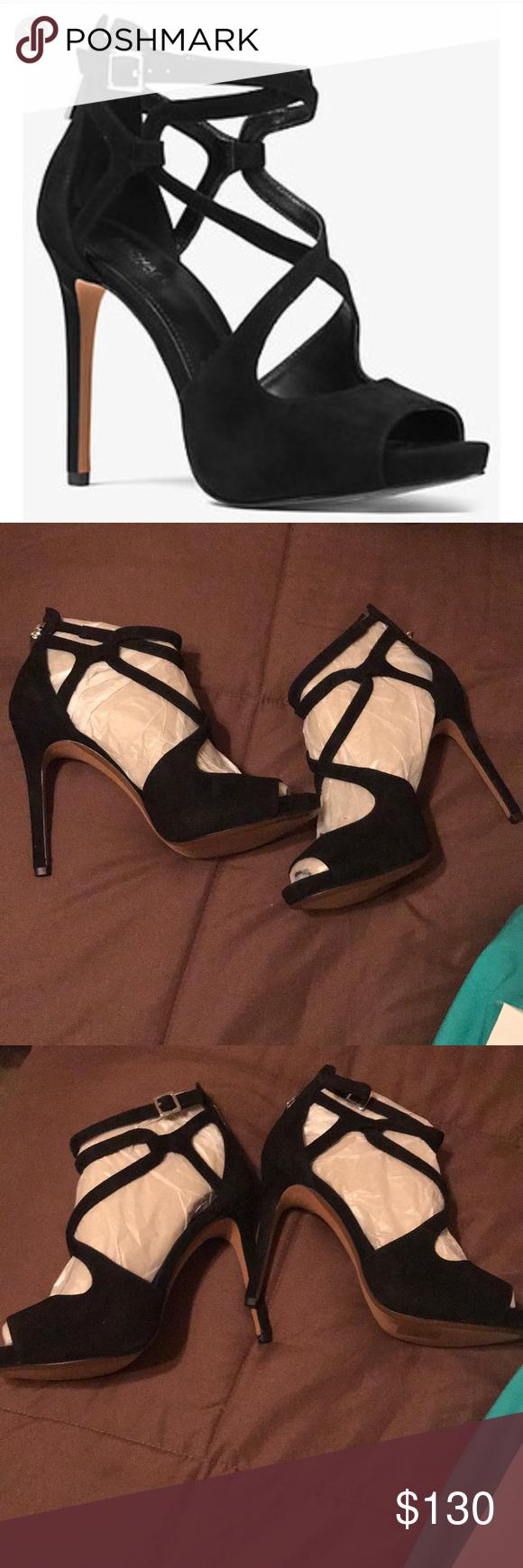 Michael Kors Catia Sandal Leather Size