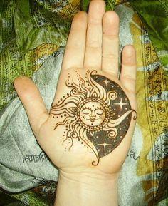 Tattoo Hands Henna Design Sunmoon Tattoo Design Sun Moon Tattoo Sun