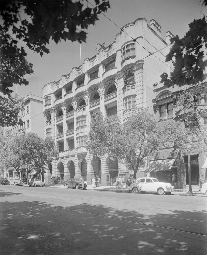 Victoria Manor Apartments: Melbourne Mansions,an Apartment Building At 91-101 Collins