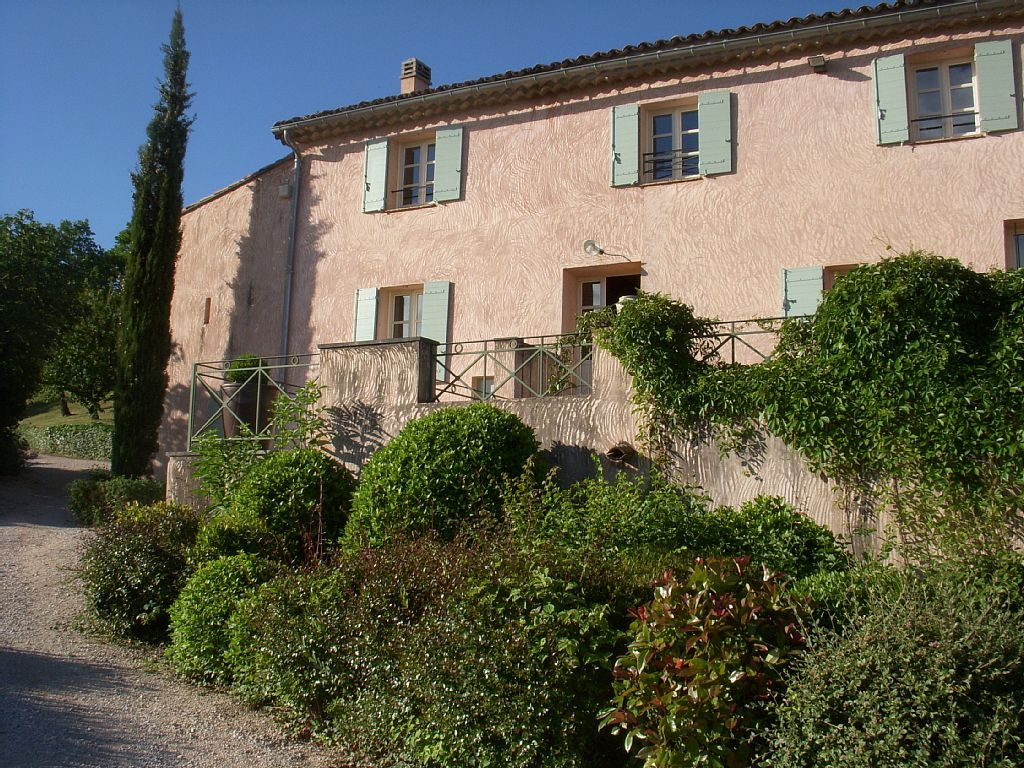 Over 200 years old, 'Chez Manon' is a fully restored 18th century Provençal farmhouse, near the market town of Apt in the Vaucluse.