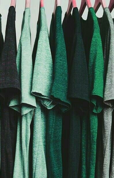 i solemnly swear i am up to no good | A Minimalist Wardrobe