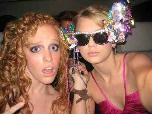 Taylor And Her Best Friend From High School Abigail Anderson Taylor Swift Pictures Young Taylor Swift Taylor Swift Concert