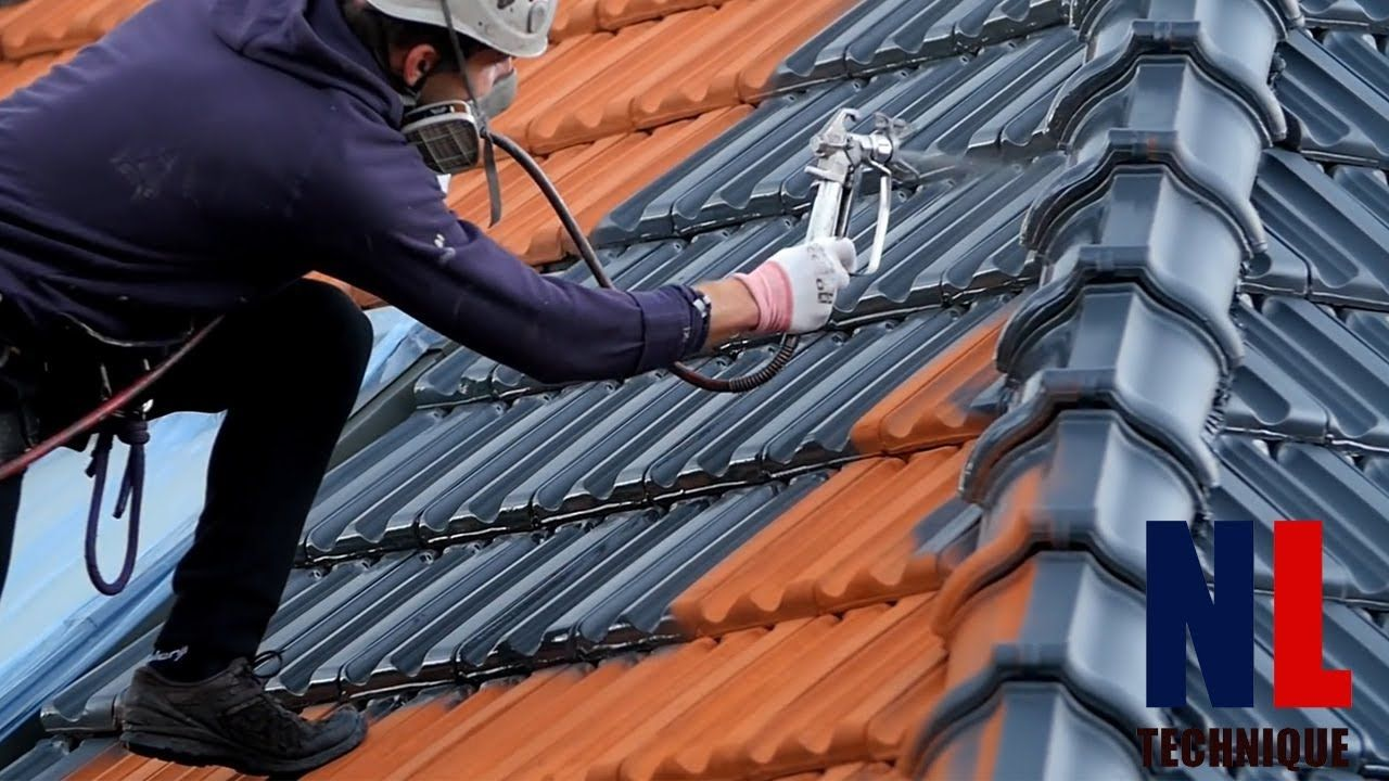 World Of Amazing Modern Roofing Technology With Skilful And Creative Wo In 2020 Modern Roofing Roof Cleaning Roof Shingles