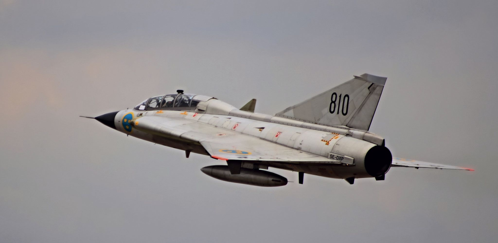 The Draken was not retired until 2005 by Austria. Due to cutbacks and high maintenance costs, the Draken was phased out of Swedish service in December 1998, replaced by the Saab 37 Viggen.
