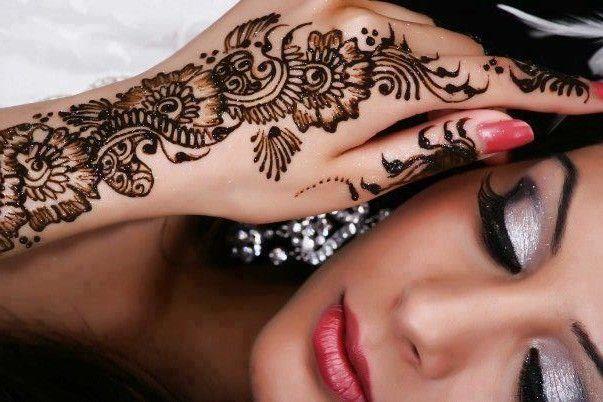 نقش بالحنة Caftangallery Com Hand Tattoos Hand Henna Henna Hand Tattoo
