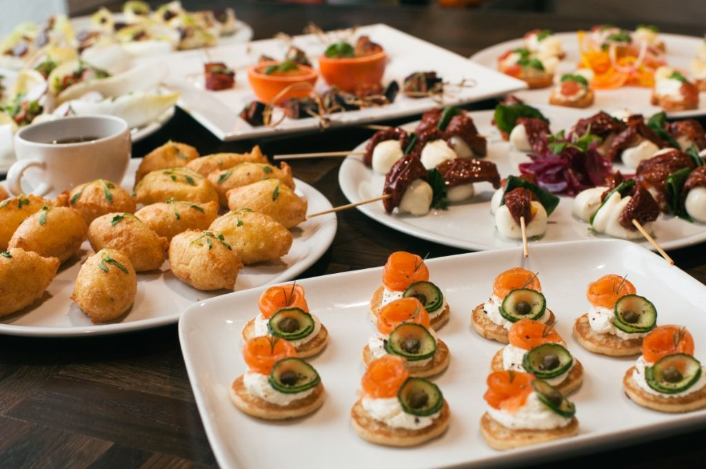 Finger foods and canap s by mimosa catering london for Canape catering