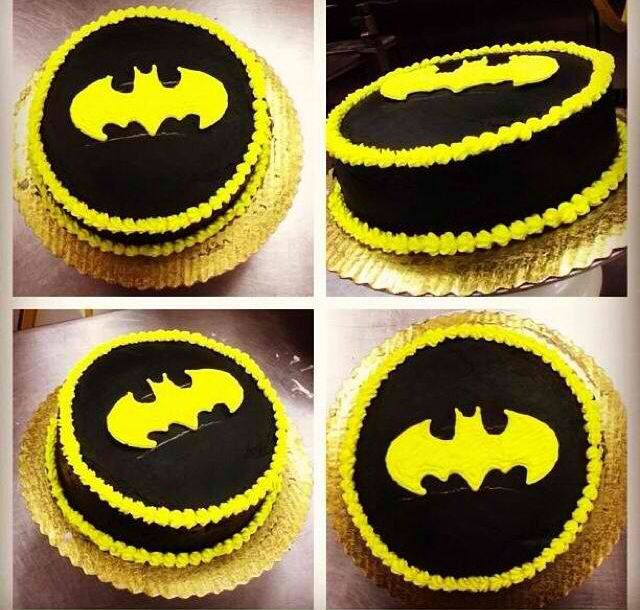 Pin by Grace E M on DC Pinterest Batman cakes Batman and Cake