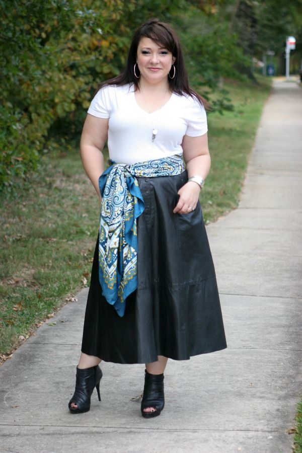 Wardrobe Oxygen: Long Black Leather Skirt And A Scarf As A
