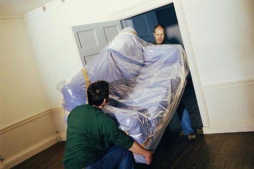 Cần chú ý gì khi bê vác vật nặng chuyển đến nhà mới?