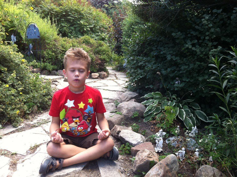 Children can learn to calm themselves.... Teach them how to find quiet in the busiest places. Learn more: http://longevity.about.com/od/learnhowtomeditate/a/Mindfulness-Mini-Meditation.htm