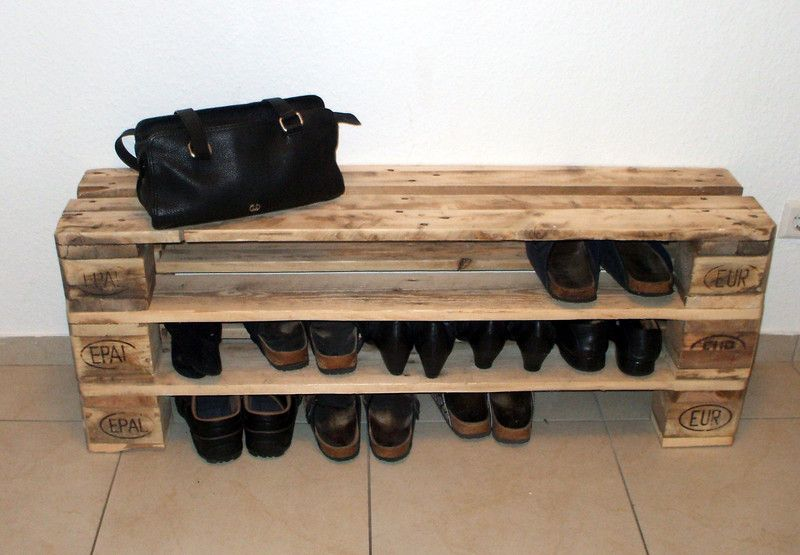 einzigartiges schuhregal aus paletten von woodful auf pallets recycled. Black Bedroom Furniture Sets. Home Design Ideas