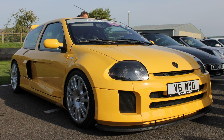 #Renault Clio v6