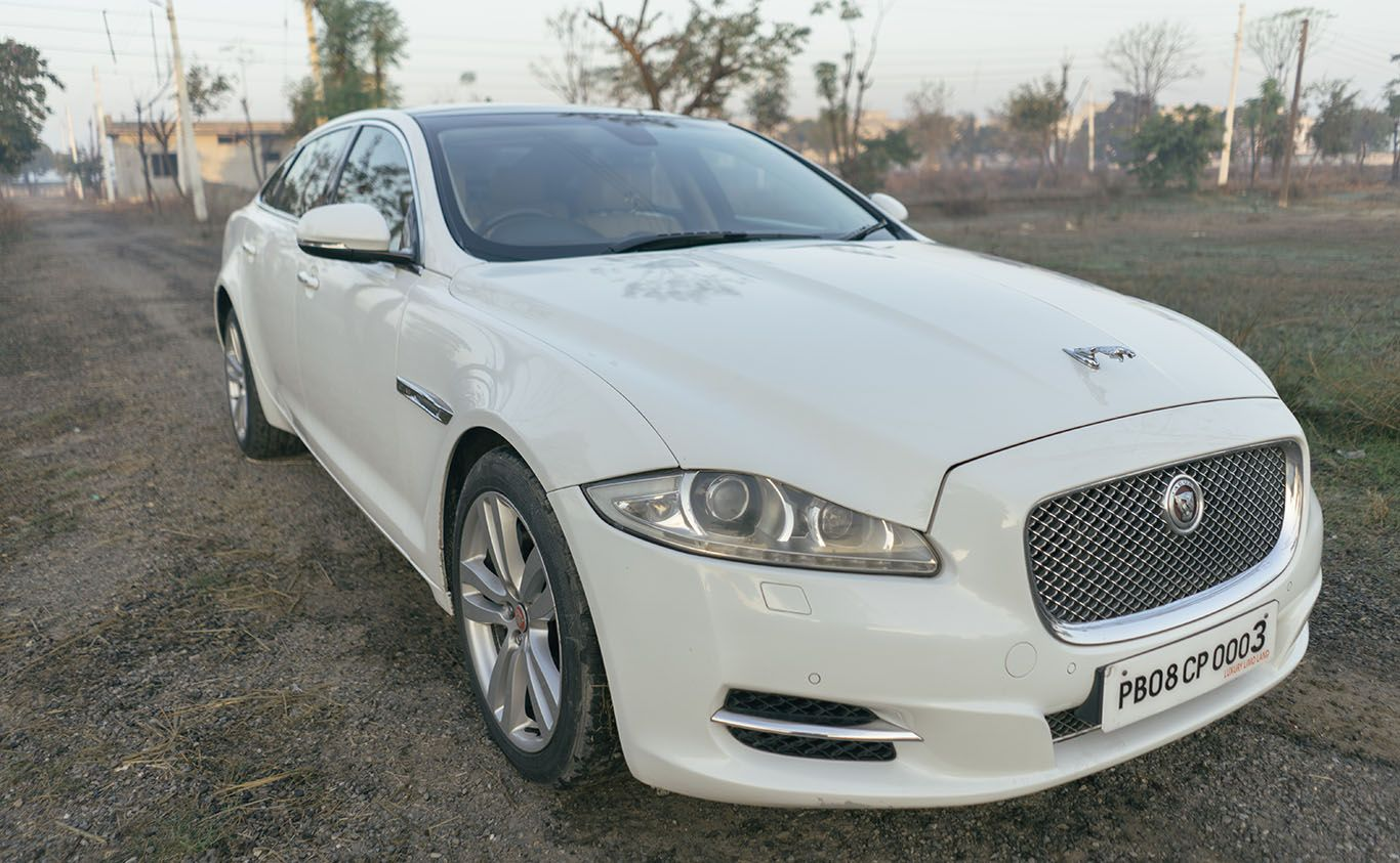 Jaguar Xjl Is The Most Luxurious Brand In India All The High Profile Celebrities Book This Car Now Luxury Limo Land Jaguar Xjl Wedding Car Best Classic Cars