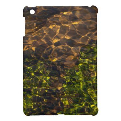 Funkelndes klares Wasser mit seidigen Wellen Case For The iPad Mini | Zazzle.com