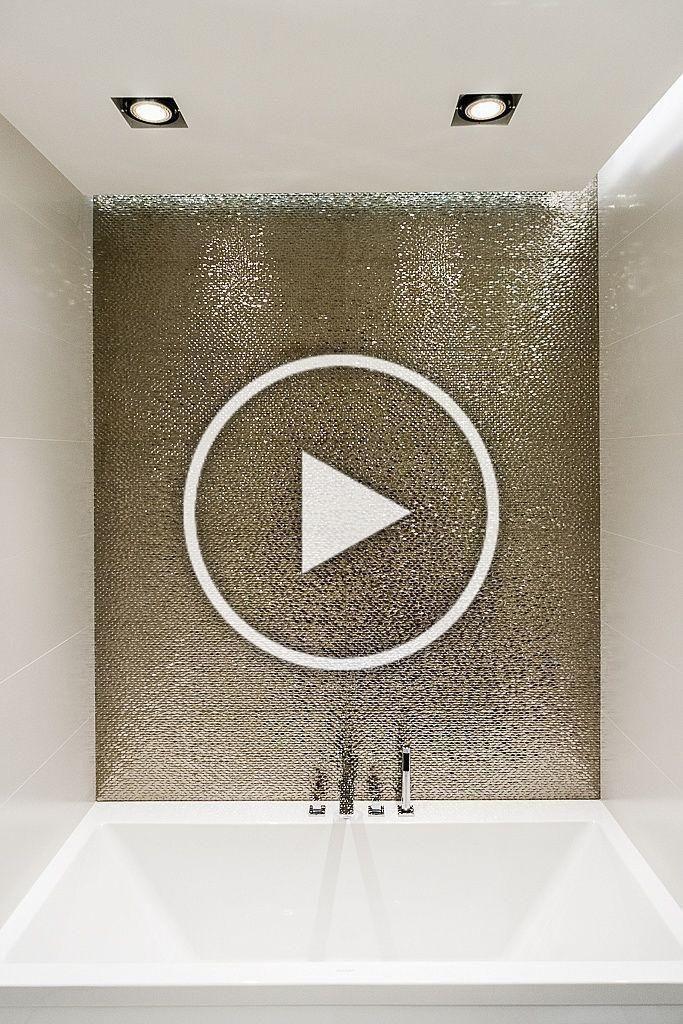 Badezimmer Mit Metallen Und Golddetails Fliesen Kupfer Schonerwohnen Messing Optik Bathrooms In 2020 Christmas Decor Diy Interior Design Bedroom Diy Room Decor