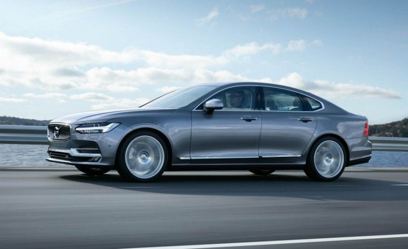 Volvo S 2017 S90 Flagship Is A Luxurious All Wheel Drive Hybrid Volvo S90 Volvo Cars Volvo