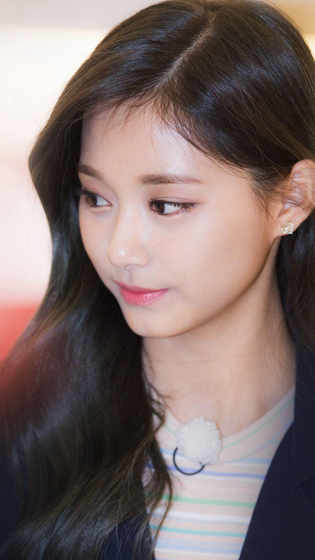 Kpop Tzuyu Twice Girl Cute iPhone 8 wallpaper