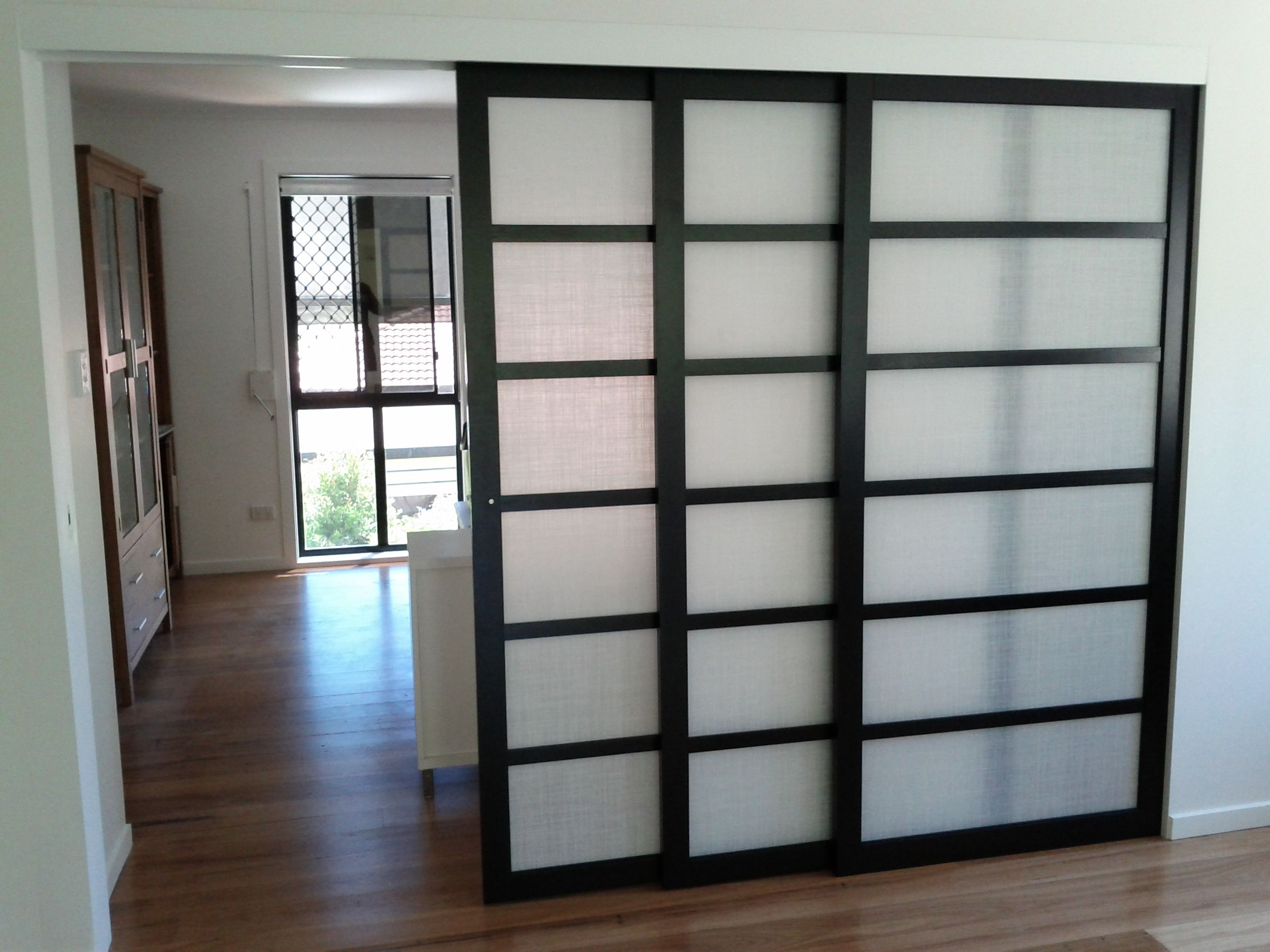 Amazing Japanese Sliding Doors Design Wooden With New Idea Material Usage Applied In Rooms Finished Flooring White