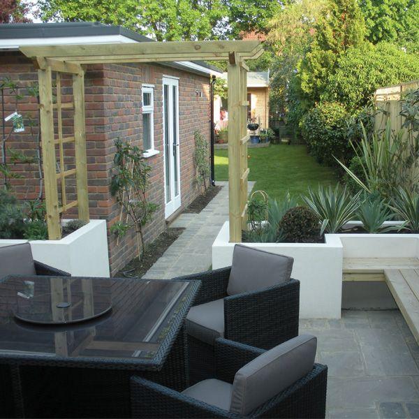 After - Contemporary garden, Kingston. (Chessington Garden Centre ...