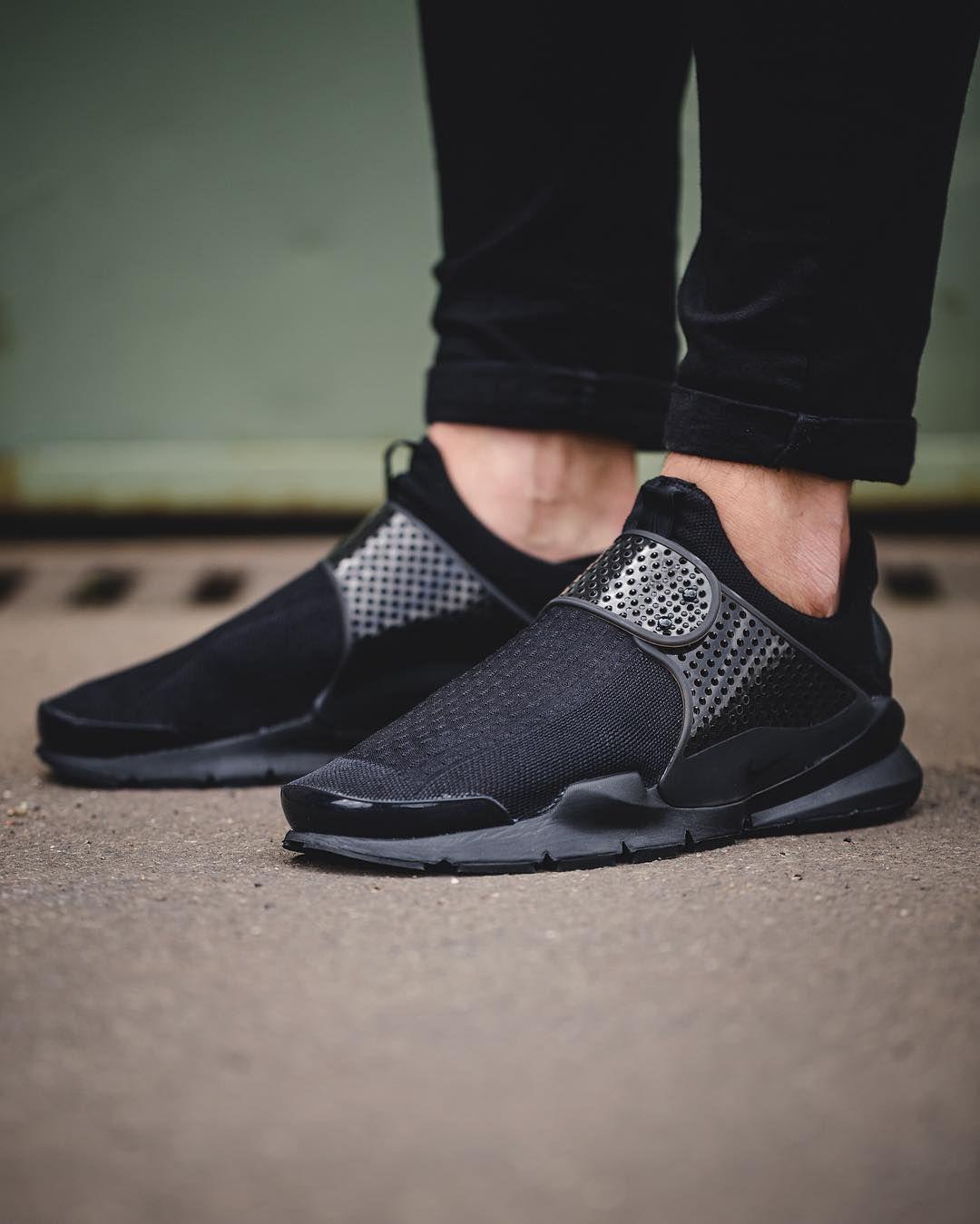 6014894977639 Sportswear: Nike Sock Dart 'Triple Black' | Sneaker Freaker. | Shoes ...