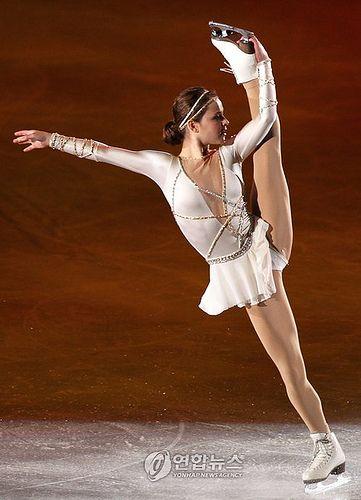 Sasha Cohen SOI 2011