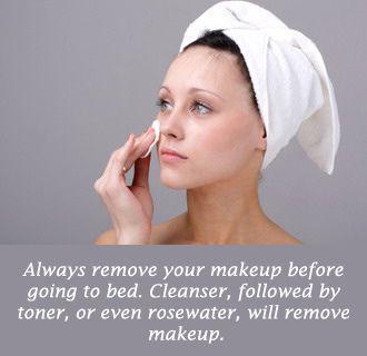 Poista meikit aina ennen nukkumaanmenoa, muutoin se tukkii ihohuokoset ja aiheuttaa epäpuhtauksia. | Always remove your makeup before going to bed to prevent breakouts