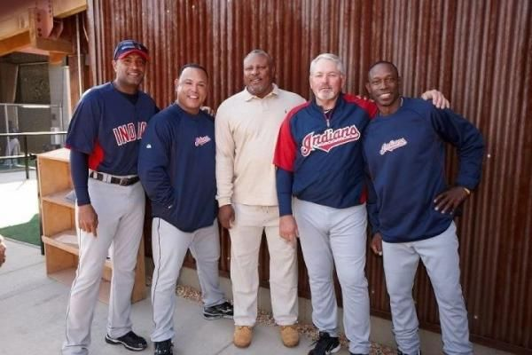 Sandy Alomar, Carlos Baerga, ??, Grover, Kenny Lofton.    Who is that guy in the middle?