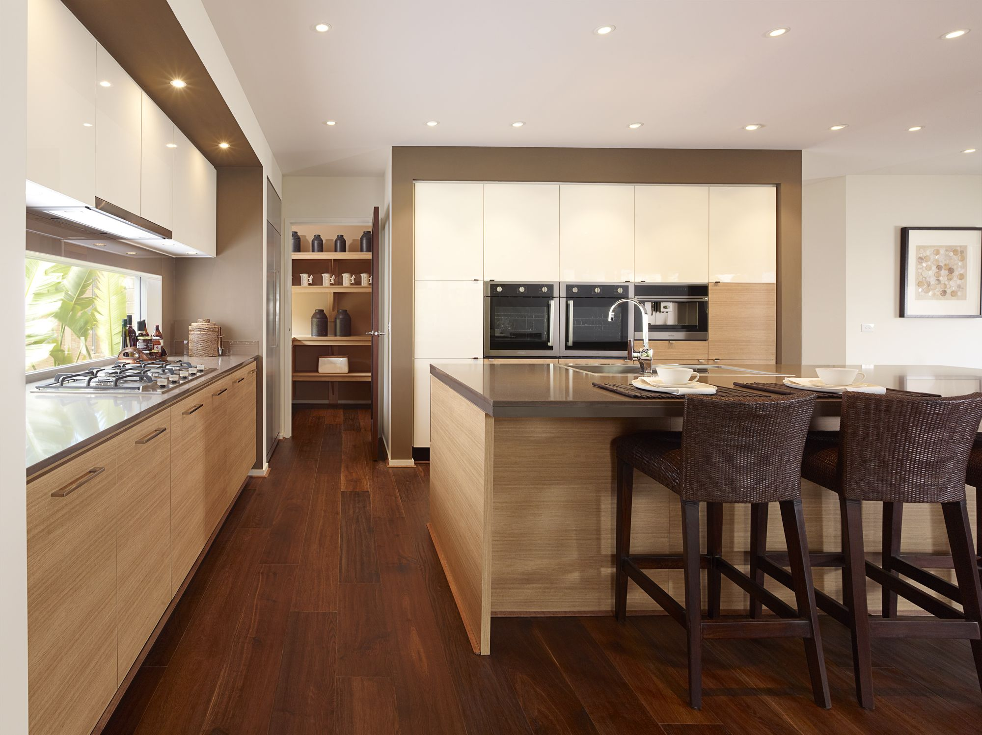Sahara Kitchen by Henley #Woodleaestate #Henley #land # ...