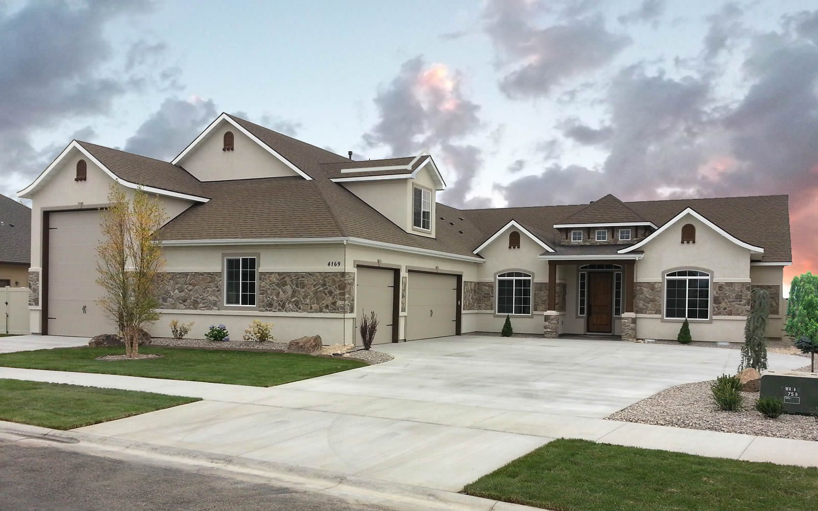 Arlington Floor Plan With Rv Bay Amyx Signature Homes Craftsman Style House Plans Garage Floor Plans New House Plans