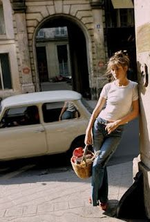 Jane Birkin.  Timeless beauty.  Nothing like a white t-shirt and a pair of jeans.