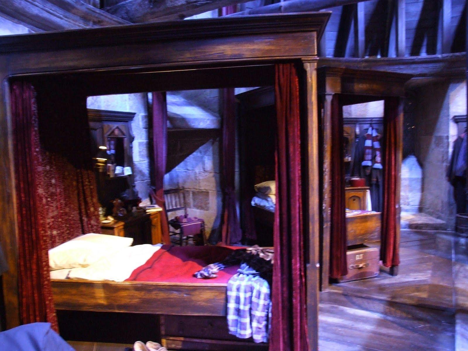 Gryffindor Boys Dormitory Harry Potter Room