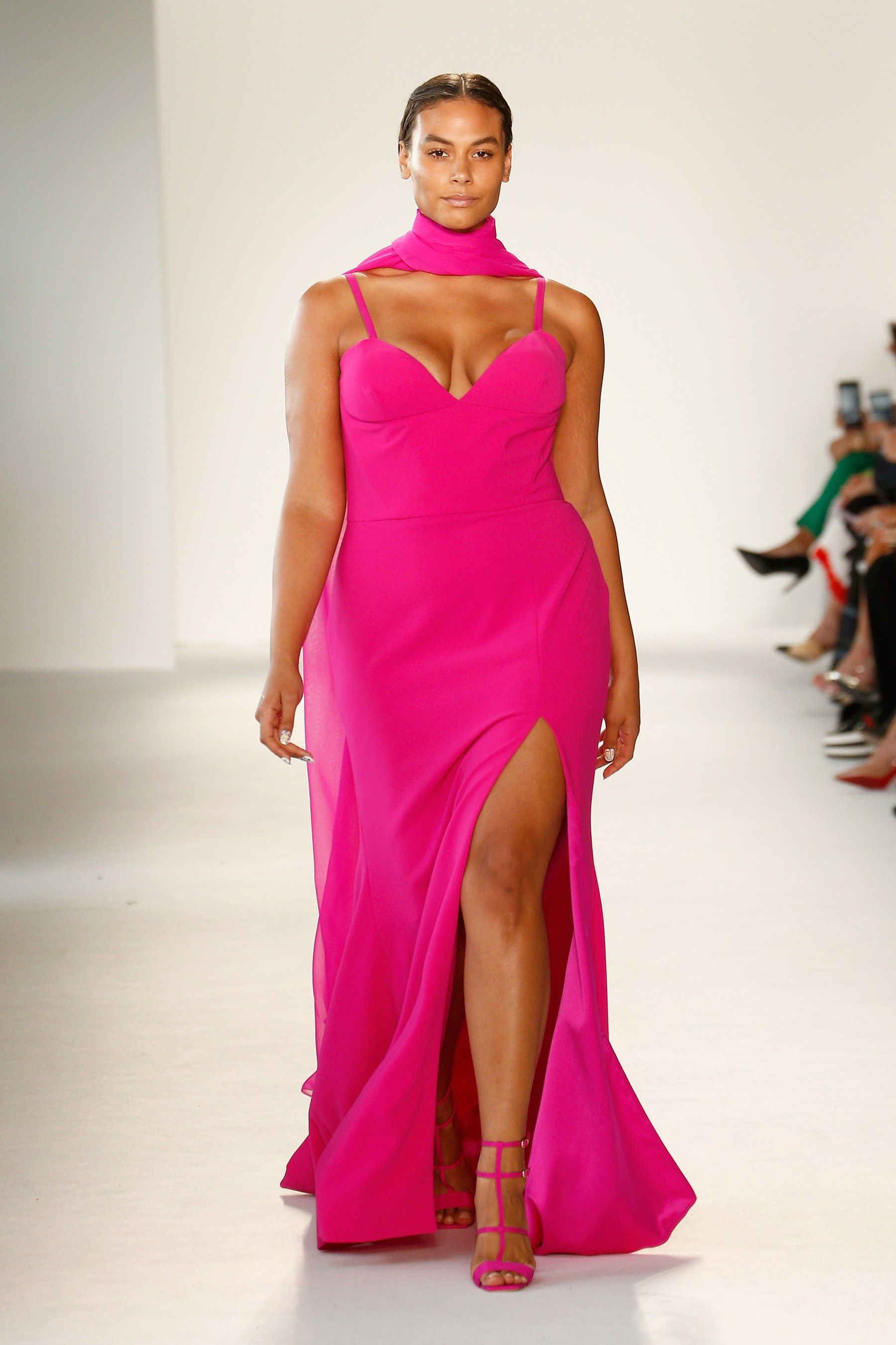 New York Fashion Week Had the Most Plus-Size Models Ever—See All the ...