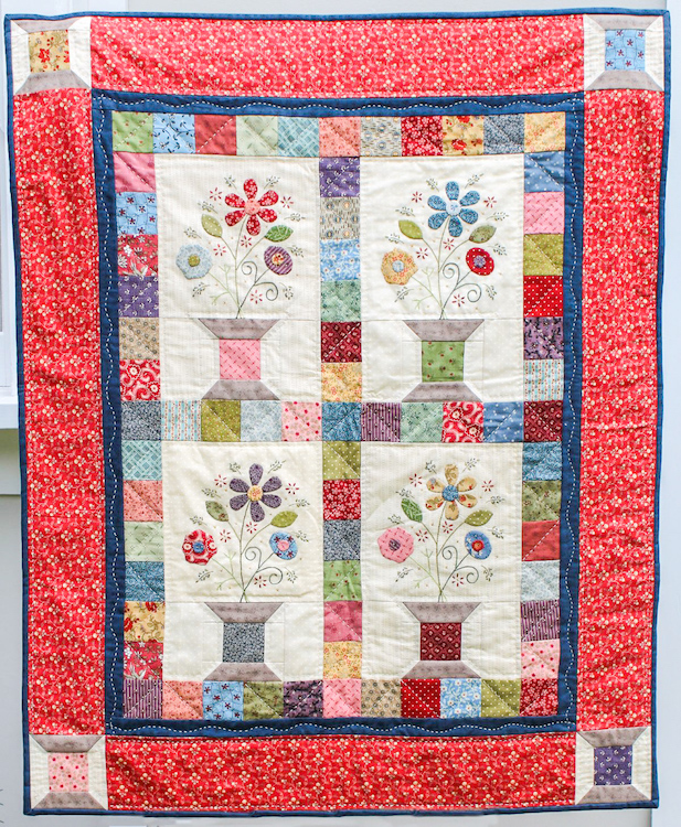Flowering Spools Wallhanging Kit - My Girlfriends Quilt Shoppe