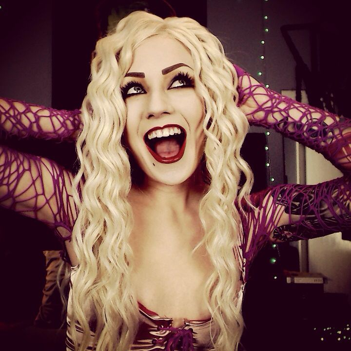 Sarah Sanderson cosplay and makeup. Halloween ideas ...